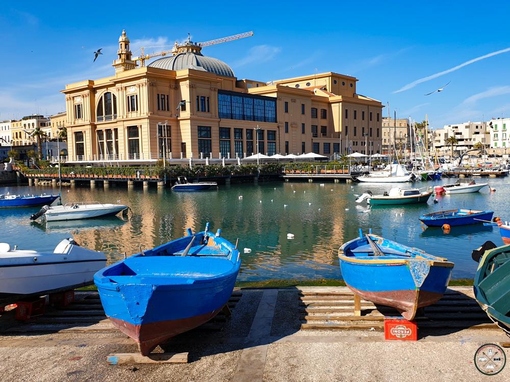 Vieux Port de Bari et Téatro Margherita