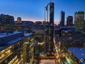 Centre ville de Montréal au coucher du soleil