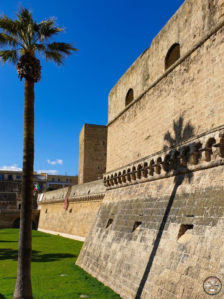 Visite du Château Normand Souabe à Bari