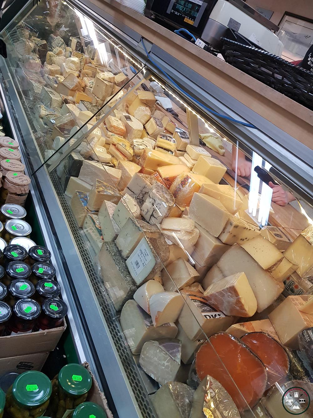 fromagerie au marché à montreal