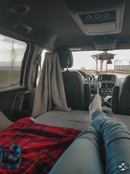 road trip canada, vie en van quebec, vanlife quebec, quebec vanning,dormir en van, vanlife, pvt canada, dodge grand caravan, vanning,