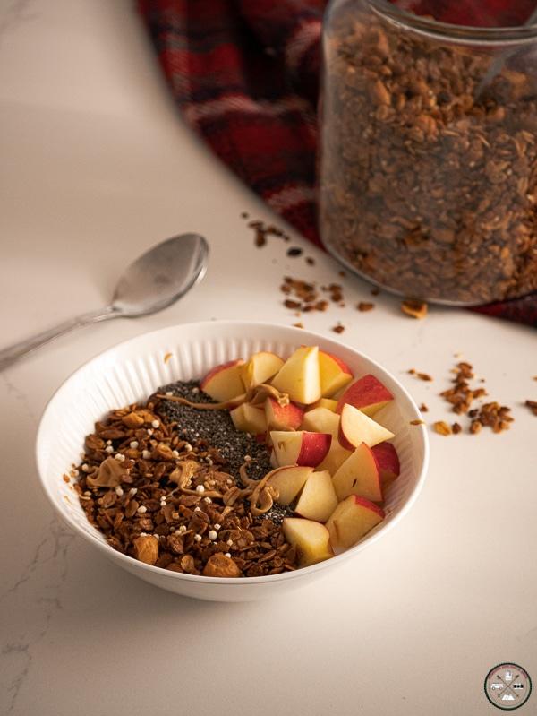 petit dejeuner granola et pomme