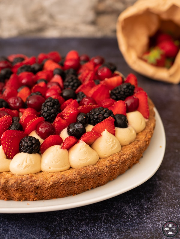tarte aux fruits canneberges, bleuets, mures, fraises